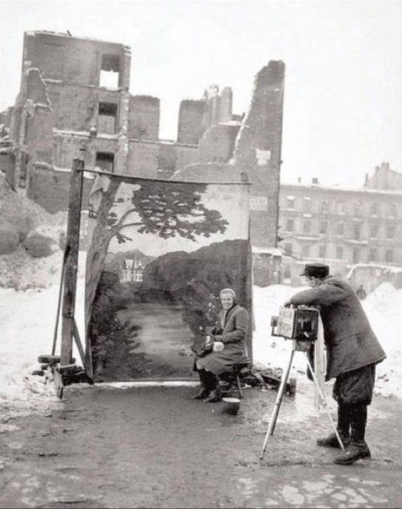 warsaw 1946 © michael nash